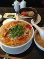 「如意」の酸辣湯麺